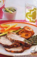 Фото к рецепту: Свиная лопатка, запеченная в духовке