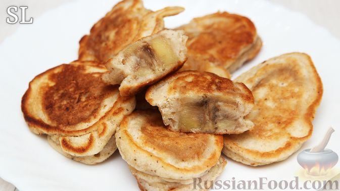 Фото приготовления рецепта: Рулетики из куриного филе с грибной начинкой - шаг №7