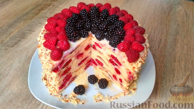 Фото к рецепту: Творожный торт на сковороде