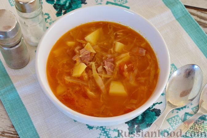 Фото к рецепту: Ирландский суп с капустой и беконом