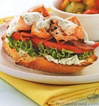Рецепт Бутерброды с рыбой, беконом и помидорами