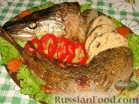 Фото к рецепту: Фаршированная щука с шампиньонами