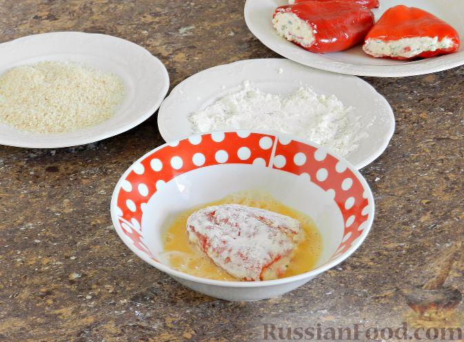 Фото приготовления рецепта: Тыквенный крем-суп с сухариками - шаг №11
