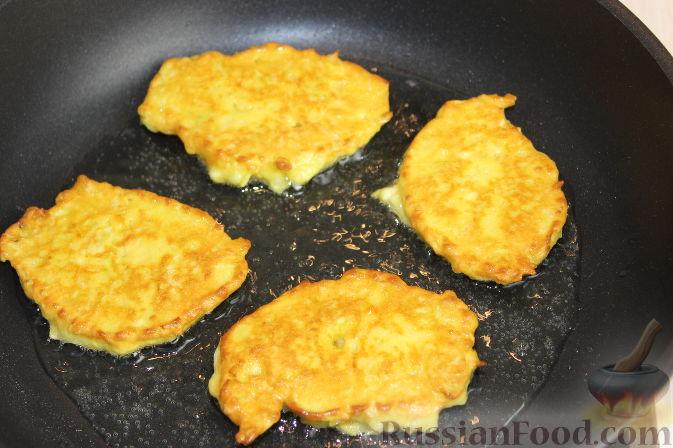 Фото приготовления рецепта: Рис с курицей и тыквой - шаг №5