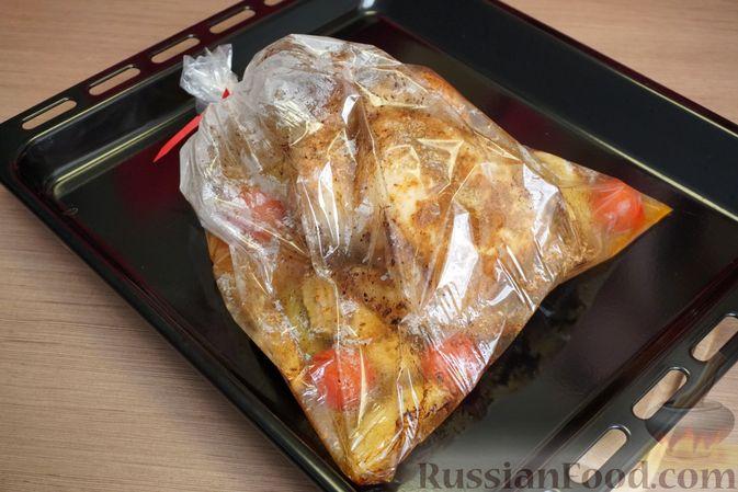 """Фото приготовления рецепта: Картошка """"фри"""" с яичным белком, запечённая в духовке - шаг №8"""