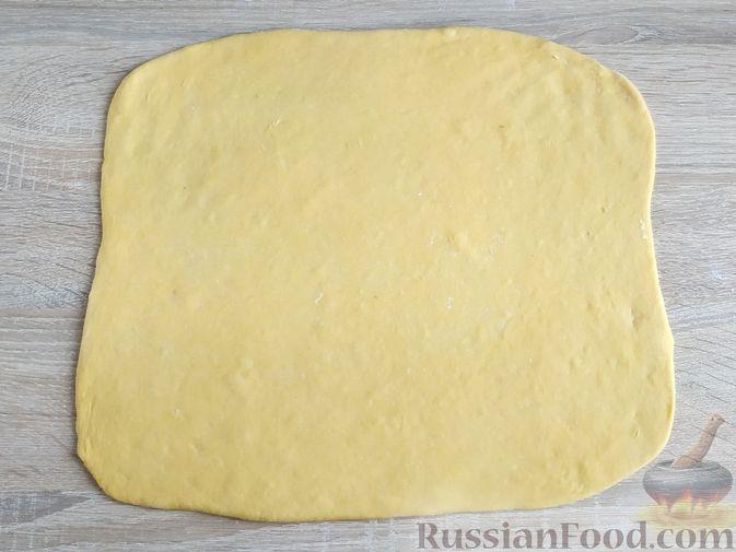 Фото приготовления рецепта: Тыквенные синнабоны - шаг №9