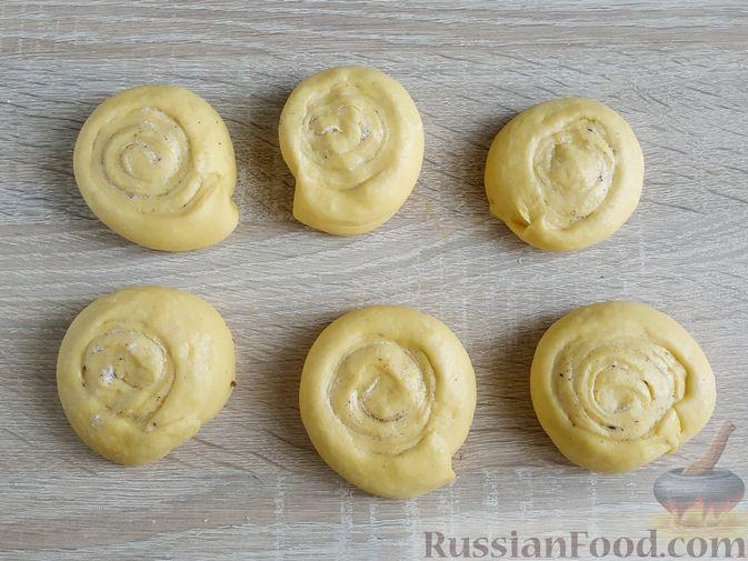 Фото приготовления рецепта: Тыквенные синнабоны - шаг №11