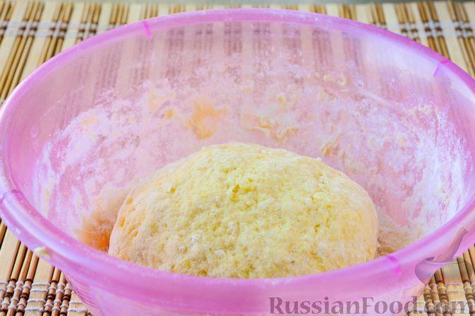 Фото приготовления рецепта: Ленивые вареники с картошкой и тыквой - шаг №7