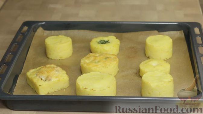 Фото приготовления рецепта: Постные кексики с какао и зелёным чаем - шаг №4