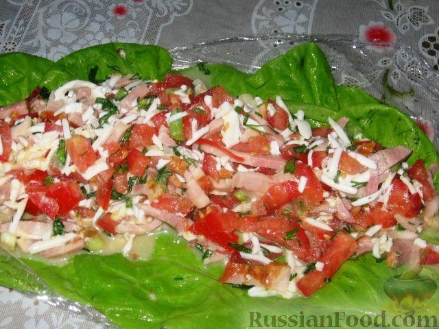 Фото приготовления рецепта: Гороховый суп с копчёной грудинкой и курицей - шаг №7