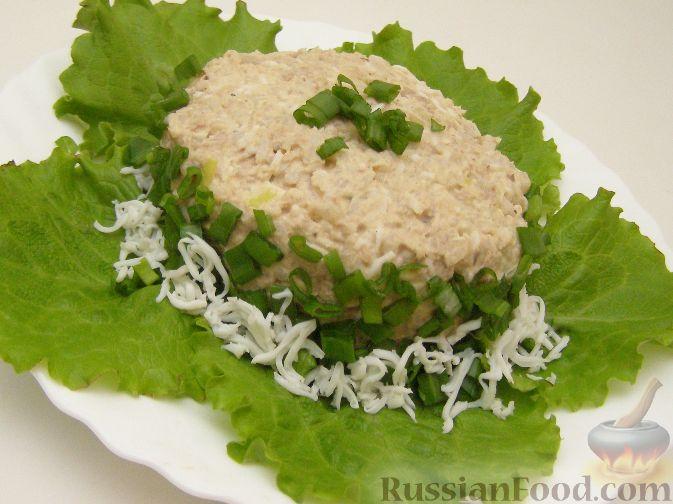 Рецепт Салат из рыбных консервов с яйцами и рисом