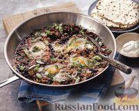 Фото к рецепту: Яичница с фасолью