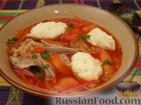 Фото к рецепту: Борщ полтавский с курицей и галушками