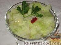 Фото к рецепту: Восточный салат из капусты