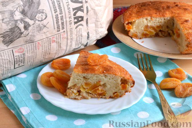 Фото приготовления рецепта: Дрожжевые пирожки-плетёнки на молоке, с мясным фаршем - шаг №6
