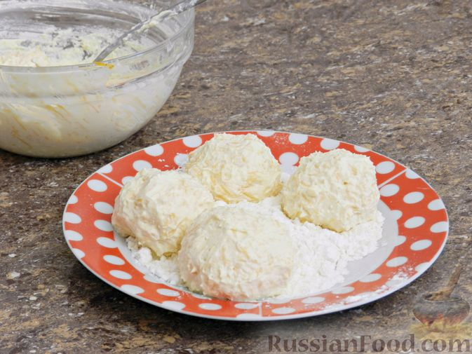 Фото приготовления рецепта: Сырники с тыквой - шаг №6