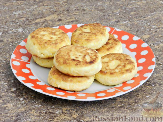 Фото приготовления рецепта: Сырники с тыквой - шаг №8