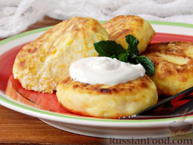 Фото приготовления рецепта: Сырники с тыквой - шаг №9