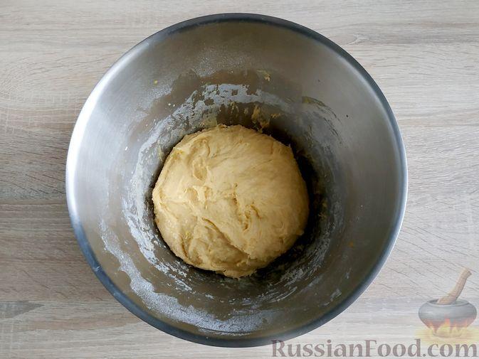 Фото приготовления рецепта: Пончики из тыквы - шаг №11