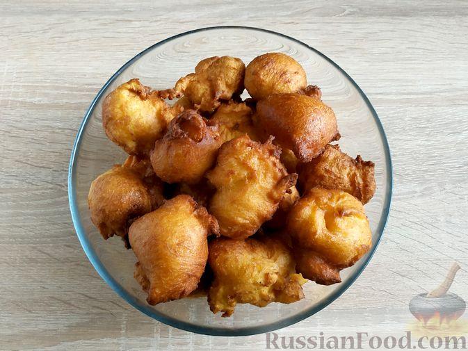 Фото приготовления рецепта: Пончики из тыквы - шаг №15
