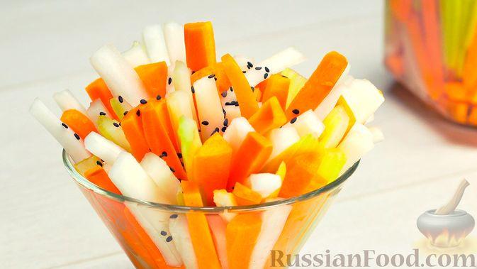Фото приготовления рецепта: Кукурузный кекс на молоке, с финиками и апельсиновой цедрой (без сахара) - шаг №8