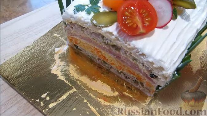"""Фото приготовления рецепта: Мясной закусочный """"Наполеон"""" - шаг №19"""
