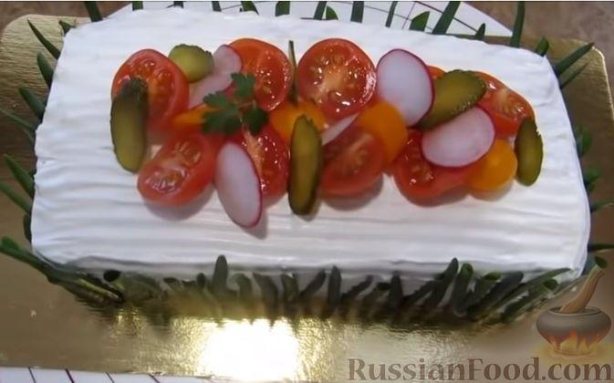 """Фото приготовления рецепта: Мясной закусочный """"Наполеон"""" - шаг №18"""
