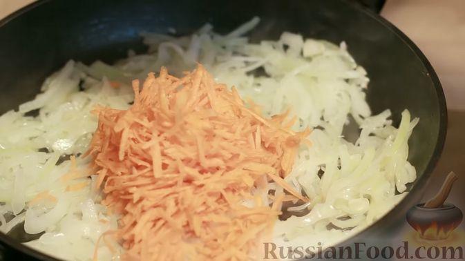 Фото приготовления рецепта: Рулетики из баклажанов, маринованные в томатном соусе - шаг №7