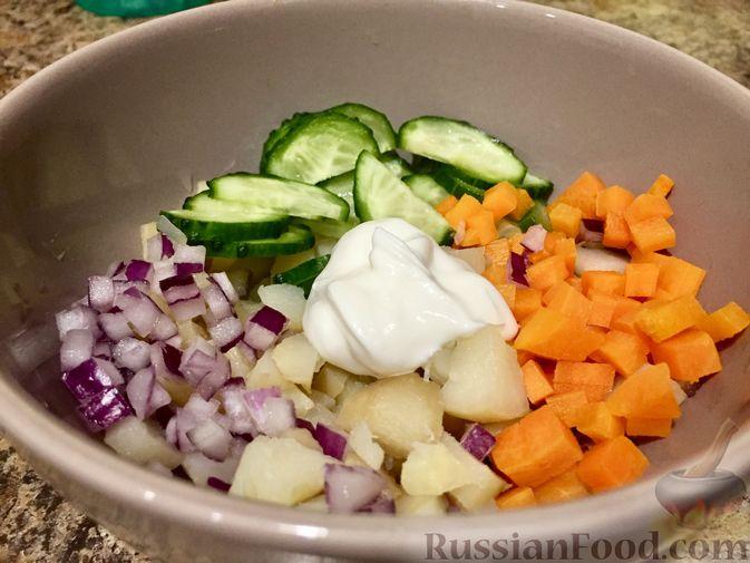 Фото приготовления рецепта: Салат из топинамбура с морковью - шаг №10