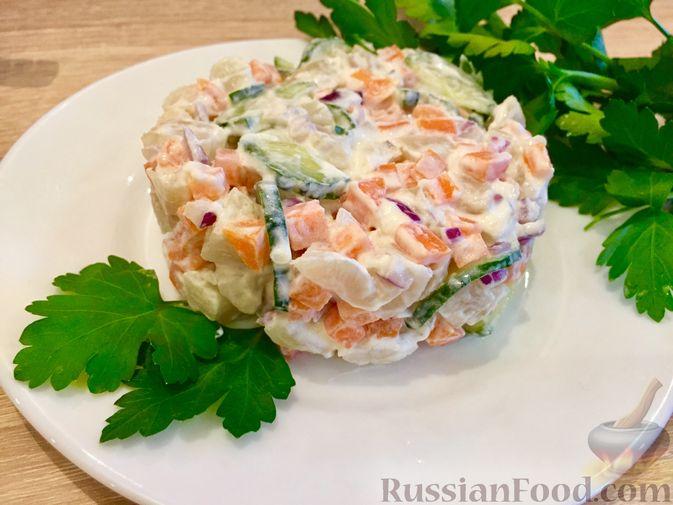 Фото к рецепту: Салат из топинамбура с морковью