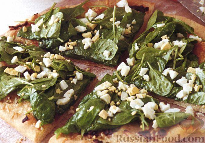 Рецепт Пицца со свежим шпинатом и сыром грюйер
