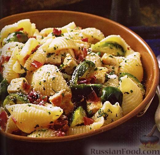 Рецепт Макароны-«ракушки» с курицей и брюссельской капустой.