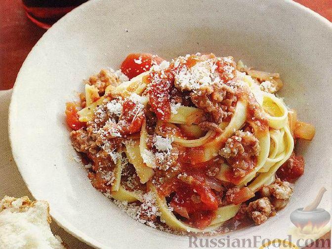 Рецепт Свежие макароны с мясным соусом