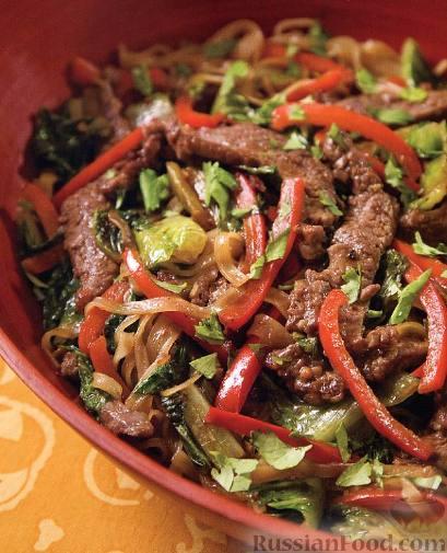 Рецепт Говядина со сладким перцем и римским салатом
