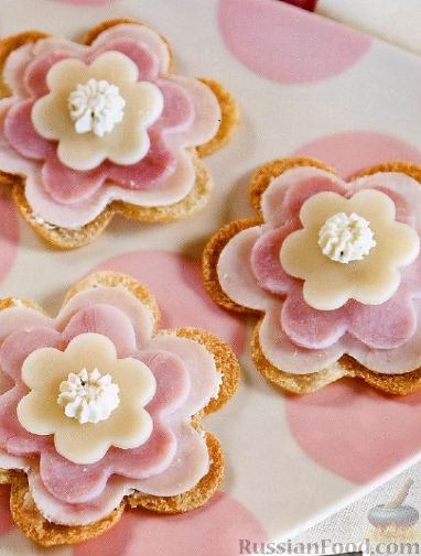 Рецепт Бутерброды-«цветочки»