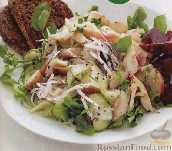 Рецепт Салат из копченой форели и картофеля