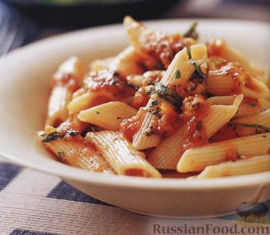 Рецепт Пенне с томатным соусом и базиликом