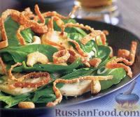Фото к рецепту: Салат с курицей, свежим шпинатом и орешками кешью