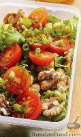 Фото к рецепту: Салат с томатами, нутом и рукколой