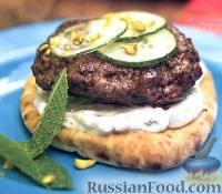 Фото к рецепту: Бутерброды с рубленым бифштексом из ягнятины