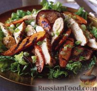 Фото к рецепту: Салат из курицы, моркови и грибов, жареных на гриле