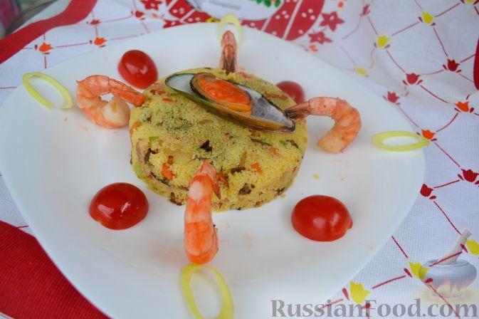 Рецепт Салат с кус-кусом, морепродуктами, белыми грибами и беконом
