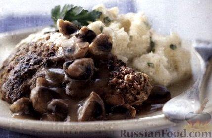 Рецепт Говяжьи стейки с картофельным пюре и грибным соусом