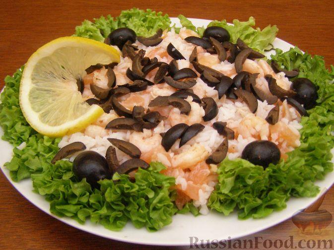 Рецепт Салат из креветок и семги