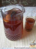 Фото к рецепту: Узвар (компот из сухофруктов)
