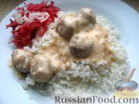 Фото к рецепту: Куриные фрикадельки по-строгановски