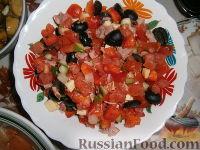 """Фото к рецепту: Салат """"По греческим мотивам"""""""