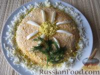 Фото к рецепту: Салат с печенью трески