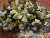 Фото приготовления рецепта: Винегрет с кислой капустой - шаг №6
