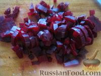 Фото приготовления рецепта: Винегрет с кислой капустой - шаг №4